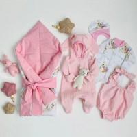 Комплект на выписку для новорождённой девочки Солнышко